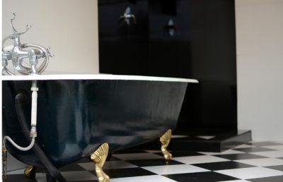 Number 18 Room 3 Luxury Bathroom